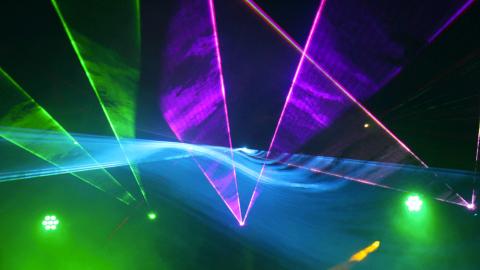 Show-Laser-01